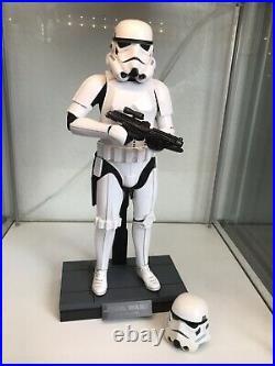Hot Toys Star Wars Stormtrooper ROTJ / Rogue One MMS514 + extra helmet